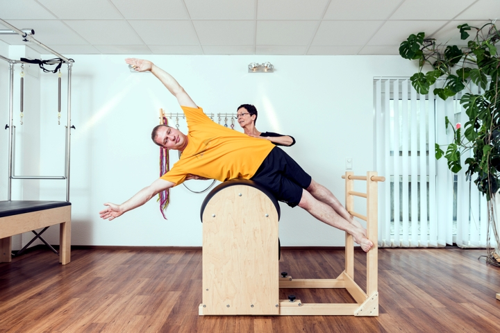 Pilates am Ladder Barrel